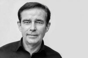 Reiseexperte Wolfgang Peter Privatjet Albert Ballin - Japan, China, Indien